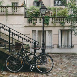 Picture of a bike in Paris