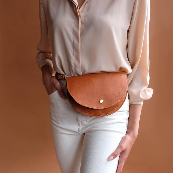 Awl Snap Leather Co Ester Fanny Pack